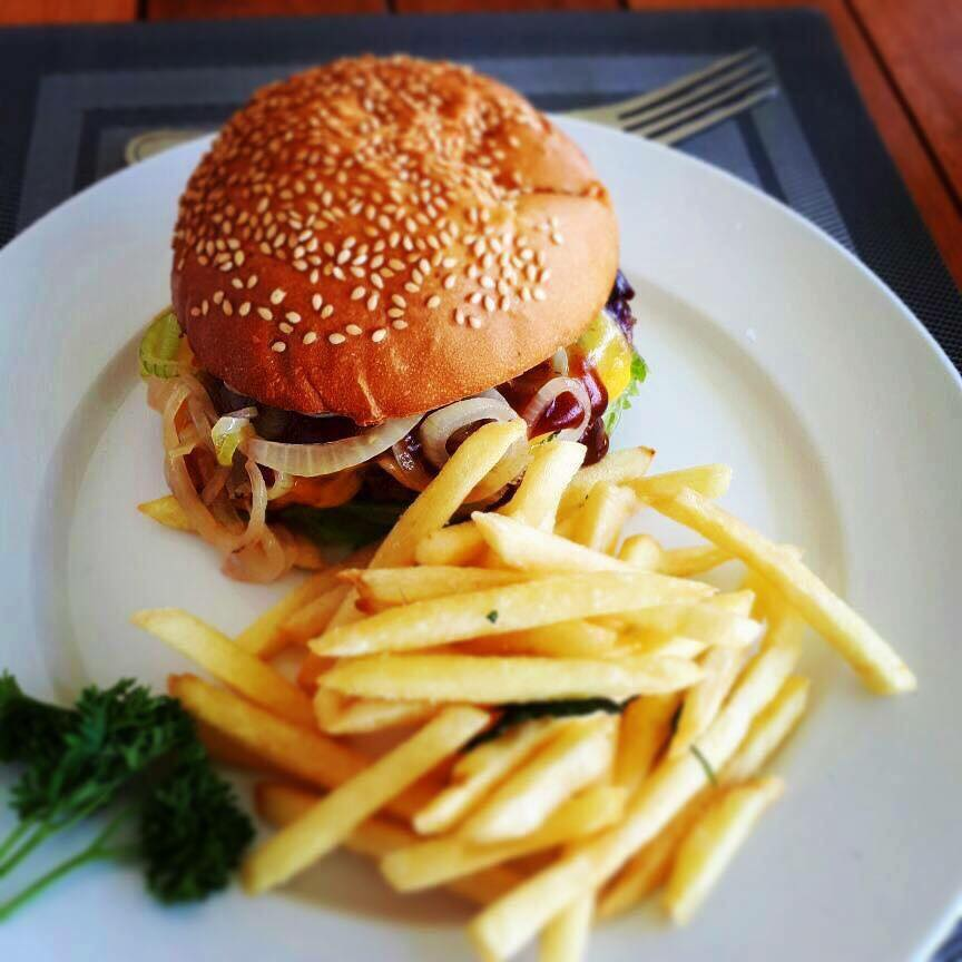 bonanza golf course, zambia, lusaka, member, burger